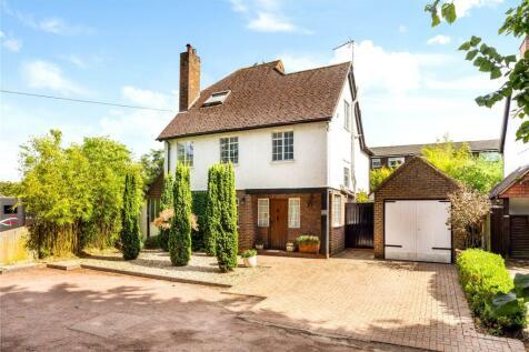 London Road, Guildford, Surrey, GU1. 5 bedroom detached house