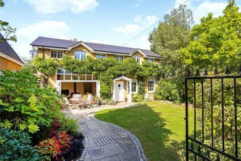 Epsom Road, Guildford, Surrey, GU1. 4 bedroom detached house for sale