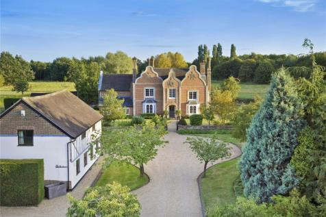 Harleston, Stowmarket, Suffolk, IP14. 5 bedroom detached house for sale