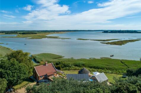 Iken Cliff, Iken, Woodbridge, Suffolk, IP12. 4 bedroom detached house for sale