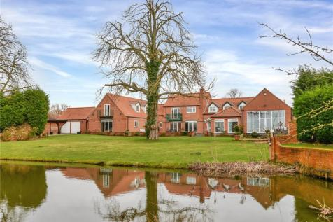 Old Hall Close, Wyke Lane, Farndon, Newark, NG24. 5 bedroom detached house for sale