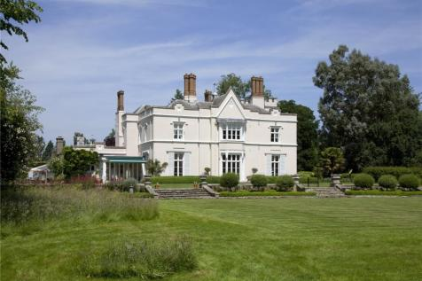 Lingfield Road, Edenbridge, Kent, TN8. 8 bedroom detached house for sale