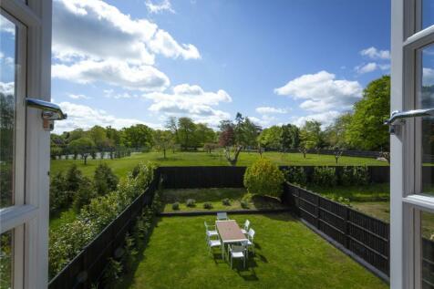 Park Mews, Park Lane, Seal, Sevenoaks, Kent, TN15. 3 bedroom terraced house