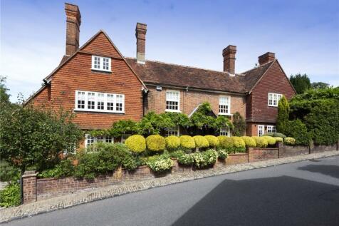 High Street, Chipstead, Sevenoaks, Kent, TN13. 5 bedroom detached house