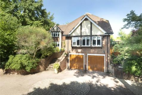 Wells Close, Tonbridge, Kent, TN10. 5 bedroom detached house for sale