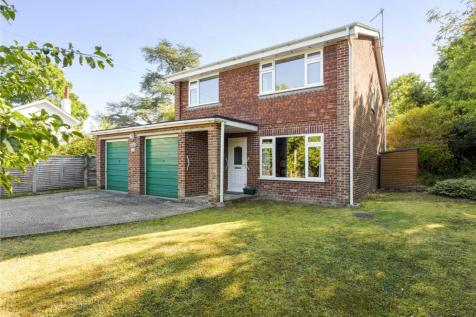 Pembury Road, Tonbridge, Kent, TN9. 4 bedroom detached house for sale