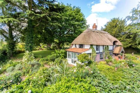 David Street, Harvel, Meopham, Kent, DA13. 3 bedroom detached house for sale