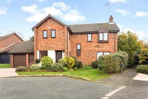 Pinehurst, Sevenoaks, Kent, TN14. 4 bedroom detached house for sale