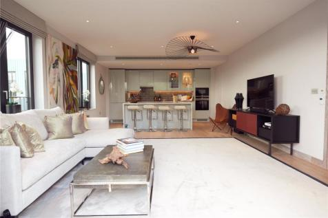 Gowing House, 4 Drapers Yard, Wandsworth, London, SW18. 3 bedroom apartment