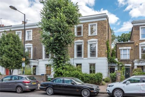 Southgate Road, Islington, London, N1. 5 bedroom end of terrace house for sale