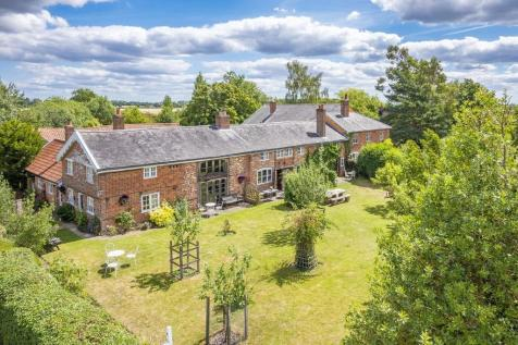 Edwardstone, Sudbury, Suffolk. 6 bedroom farm house for sale