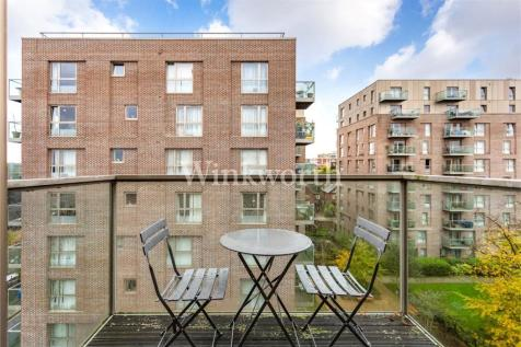 Ashview Apartments, Katherine Close, London, N4. 1 bedroom apartment