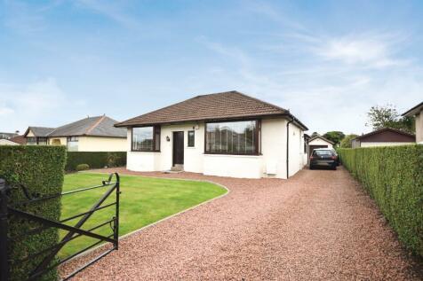 Dalhousie Road, Kilbarchan, Renfrewshire, PA10 2AT. 4 bedroom detached bungalow