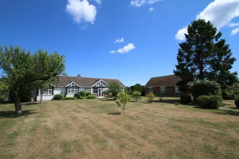 St Michaels , Tenterden. 6 bedroom detached bungalow