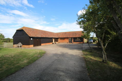 Brook Street, Woodchurch. 3 bedroom barn conversion
