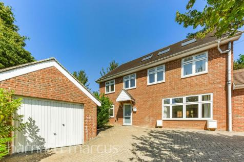 Lakers Rise, BANSTEAD property