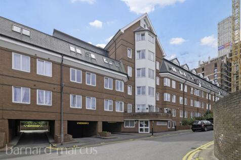 Sutton Court Road, SUTTON. 1 bedroom apartment