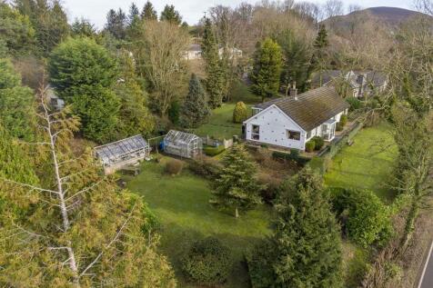 Old Gate Lane, Llandegla, Wrexham. 2 bedroom detached bungalow