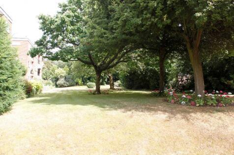 Minshull Place, Park Road,Beckenham,BR3. 3 bedroom apartment