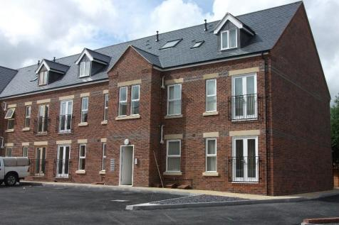 6 Skaife Apartments, Corunna Court, Kingsmills Road, Wrexham, Wrexham (County of), LL13 8AF. 1 bedroom apartment