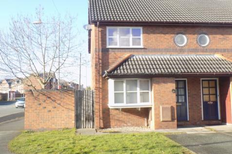 1 Kings Close, Wrexham, Wrexham (County of), LL13 8NX. 2 bedroom mews house