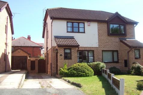 32 Halstonwood Close, Wrexham, Wrexham (County of), LL13 9XD. 2 bedroom semi-detached house