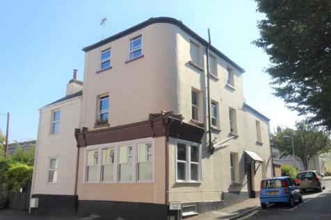 Clifton Road, Exeter, Devon, EX1. 6 bedroom town house