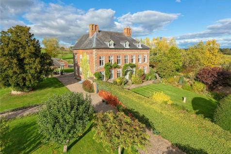 Rhosygadfa, Oswestry, Shropshire, SY10. 6 bedroom detached house for sale