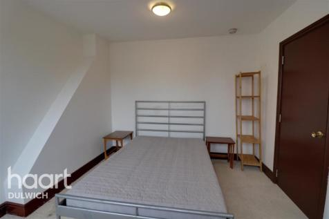 Torr Road, London, SE20. Studio flat