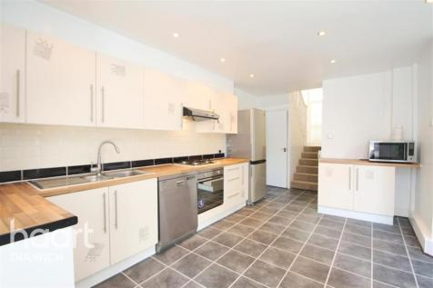 East Dulwich Grove, East Dulwich. 4 bedroom terraced house