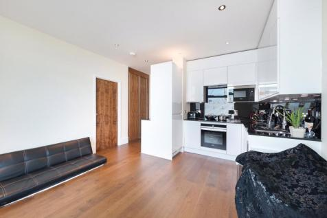 Arora Tower, 2 Waterview Drive, SE10. 1 bedroom apartment