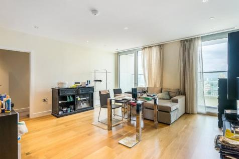 Arora Tower, 2 Waterview Drive, SE10. 2 bedroom apartment
