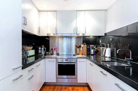 New Providence Wharf, 1 Fairmont Avenue, E14. 1 bedroom apartment