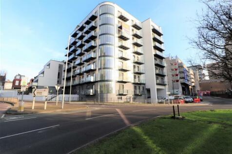 Panorama Apartments, Uxbridge. Studio apartment