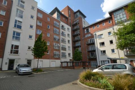Baiter Park. 2 bedroom flat
