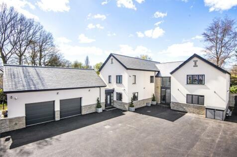 Farrer Lane, Oulton, Leeds, West Yorkshire property