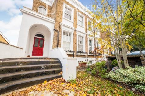 Dartmouth Road, London. Studio flat