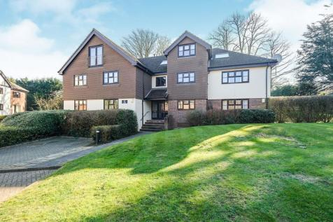 White Lodge Close, Sevenoaks. 2 bedroom flat