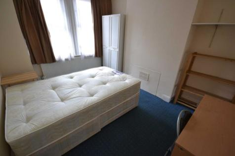 Grange Avenue, Reading, Berkshire, RG6 1DJ. 1 bedroom house share