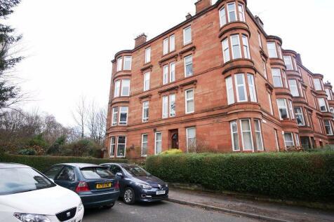 GRANTLEY GARDENS, GLASGOW, G41 3PY. 2 bedroom flat