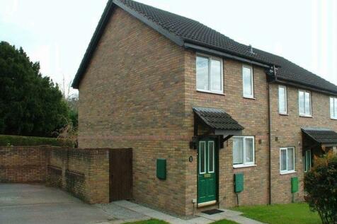Gavenny Way, Abergavenny. 2 bedroom terraced house