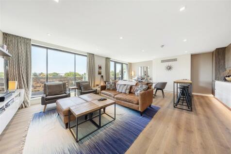 Paddenswick Road, W6. 3 bedroom flat