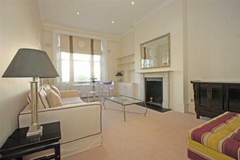 Sinclair Road, W14. 2 bedroom flat