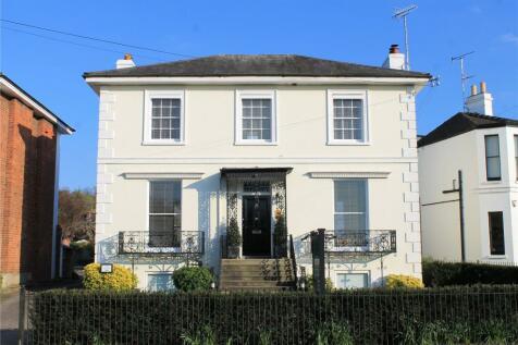 Hales Road, Cheltenham, Gloucestershire, GL52. 9 bedroom detached house