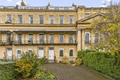 Suffolk Square, Cheltenham, Gloucestershire, GL50. 6 bedroom terraced house for sale