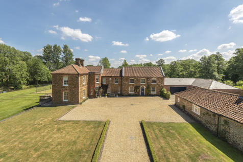 Middleton. 5 bedroom detached house