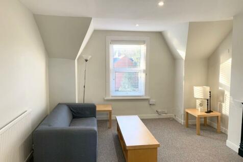 Croft Road, Swindon, Wiltshire, SN1. 1 bedroom flat