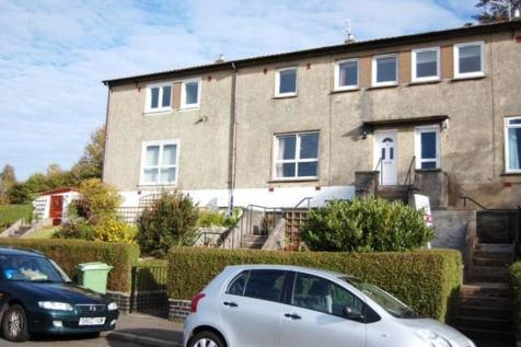 Garshake Avenue, Dumbarton, G82 3LD. 3 bedroom terraced house