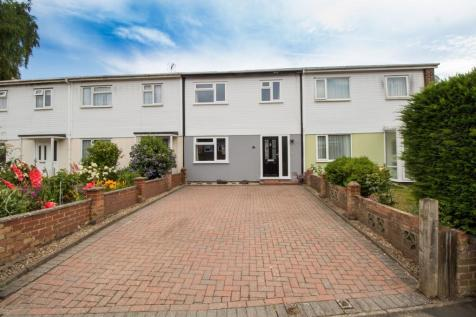 Mitchell Avenue, Hartley Wintney, Hook, RG27. 3 bedroom terraced house for sale