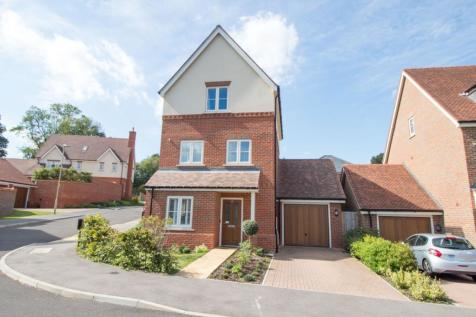 Baldwin Close, Hartley Wintney, Hook, RG27. 3 bedroom detached house for sale
